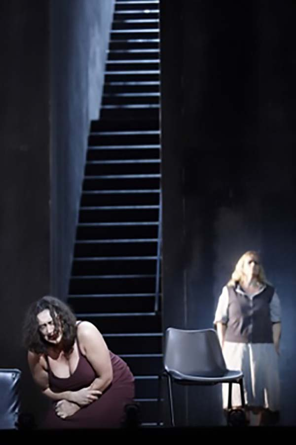 Orla Boylan as Elektra